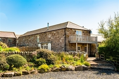 The Long Barn Holiday Cottage Seahouses